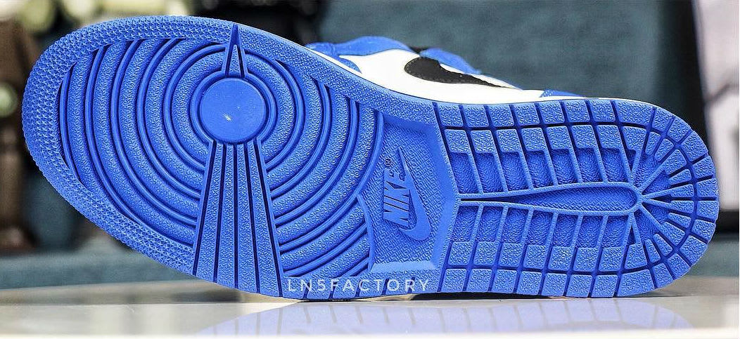 Air Jordan 1 I Game Royal 2018 Release Date 555088-403 Sole