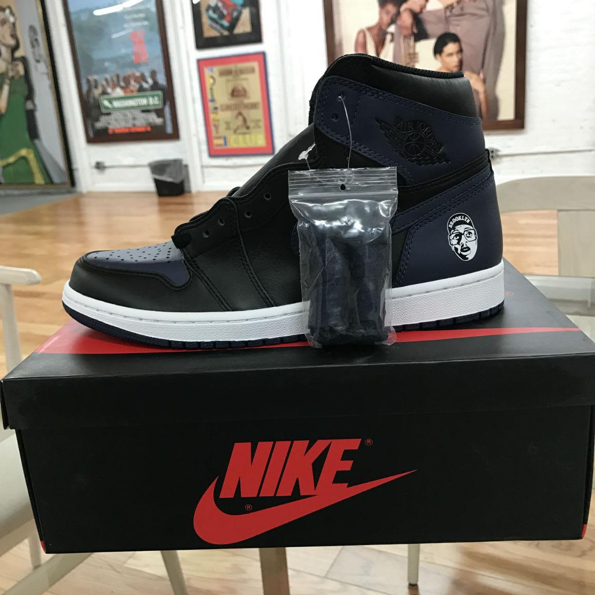 Spike Lee Air Jordan 1 She's Gotta Have It (5)
