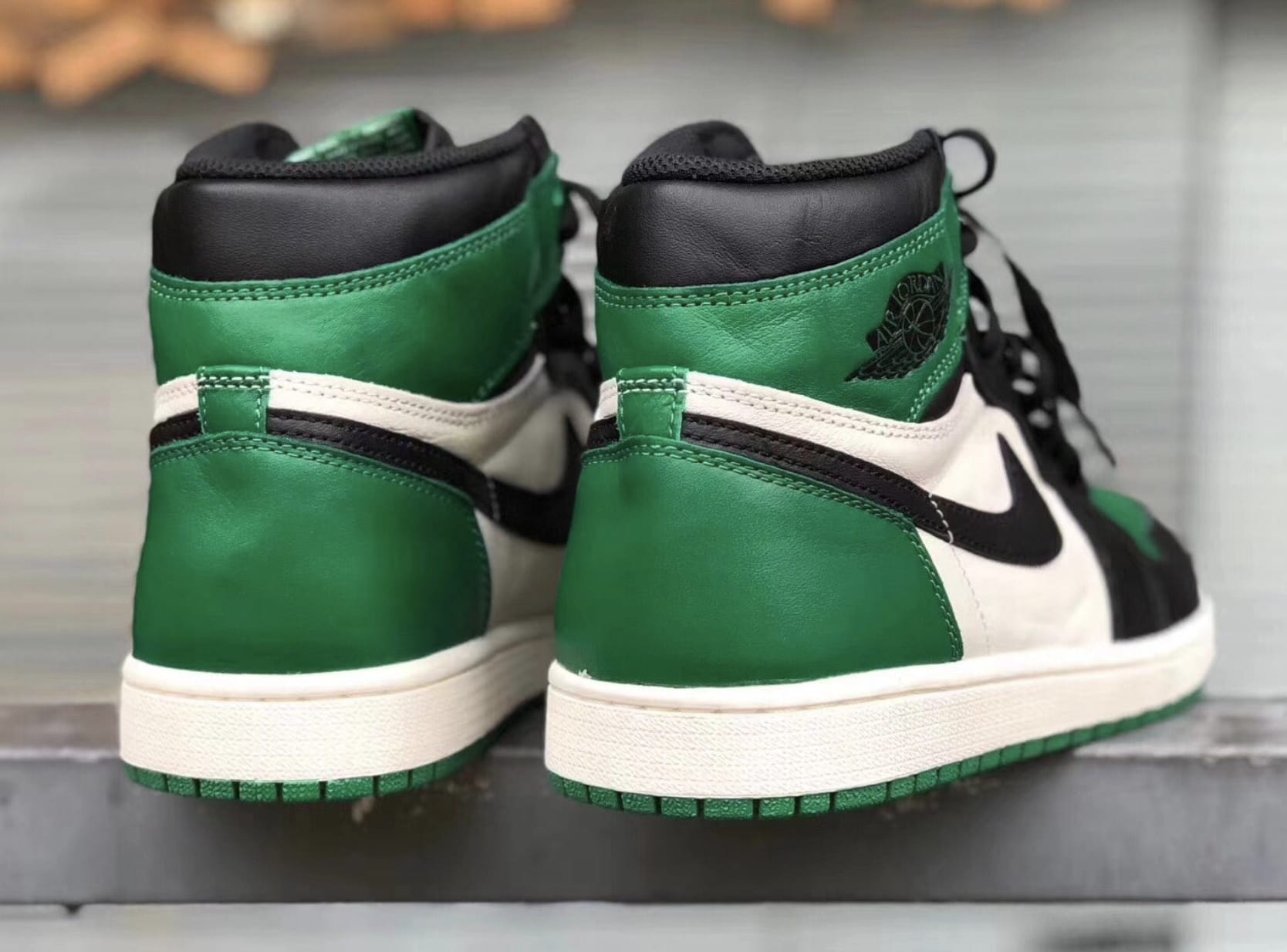 Air Jordan 1 High NRG 'Pine Green/Sail-Black' 555088-032 (Heel)