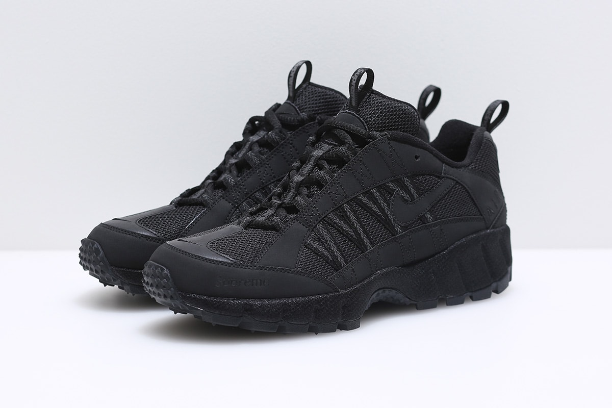 Supreme Nike Humara Black