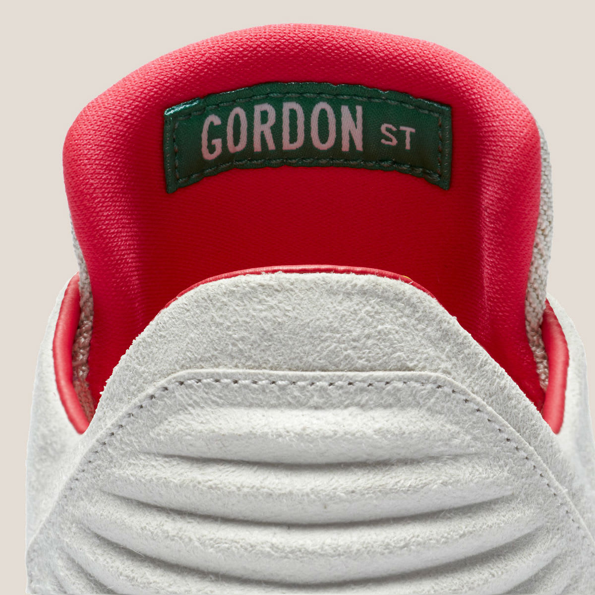 Air Jordan 32 Low Gordon Street Release Date AA1256-004 Tongue