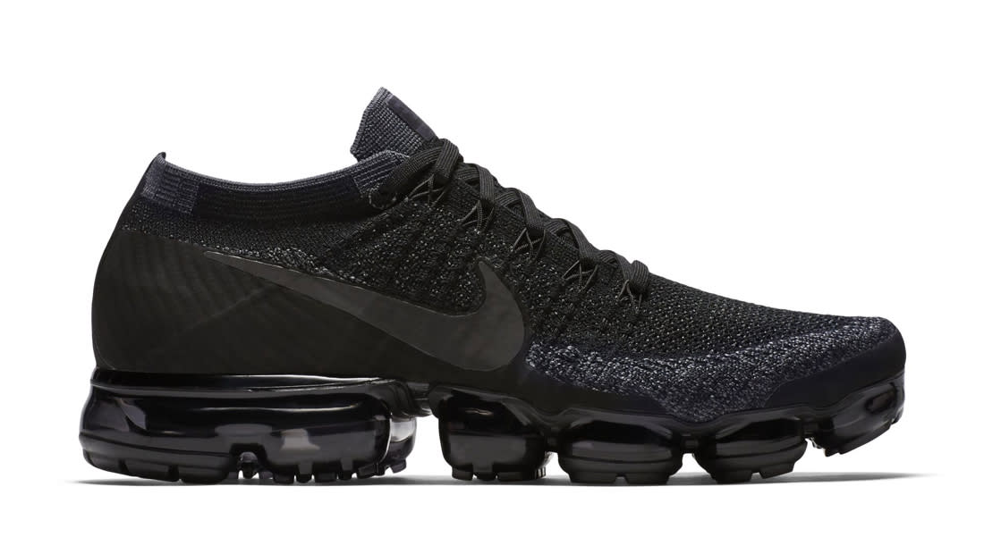 Nike Air Vapormax Triple Black Sole Collector Release Date Roundup
