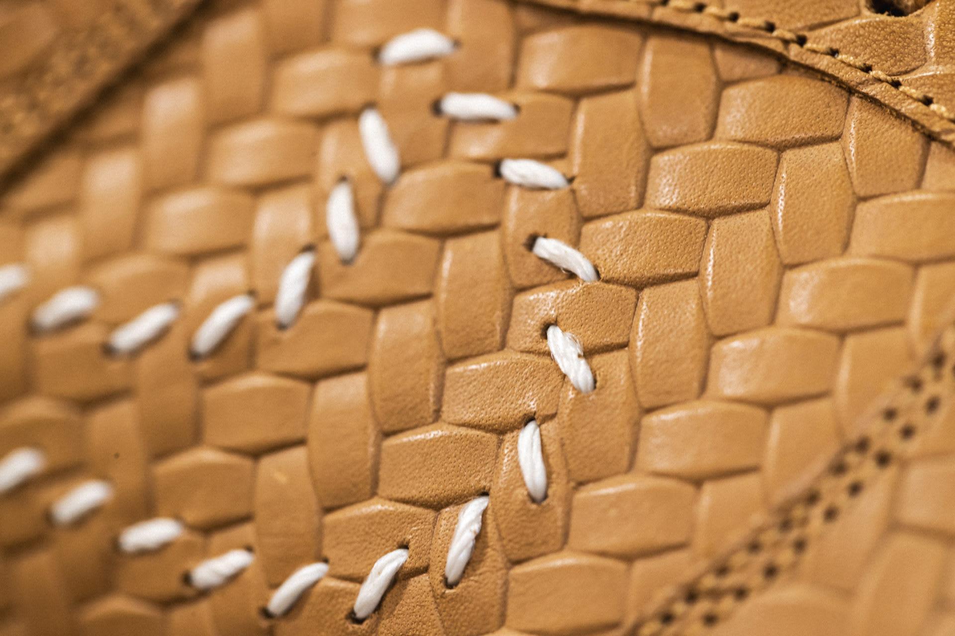 Nike Dunk Low PRM QS Paris 'Elemental Gold' AH1072-700 (Detail)