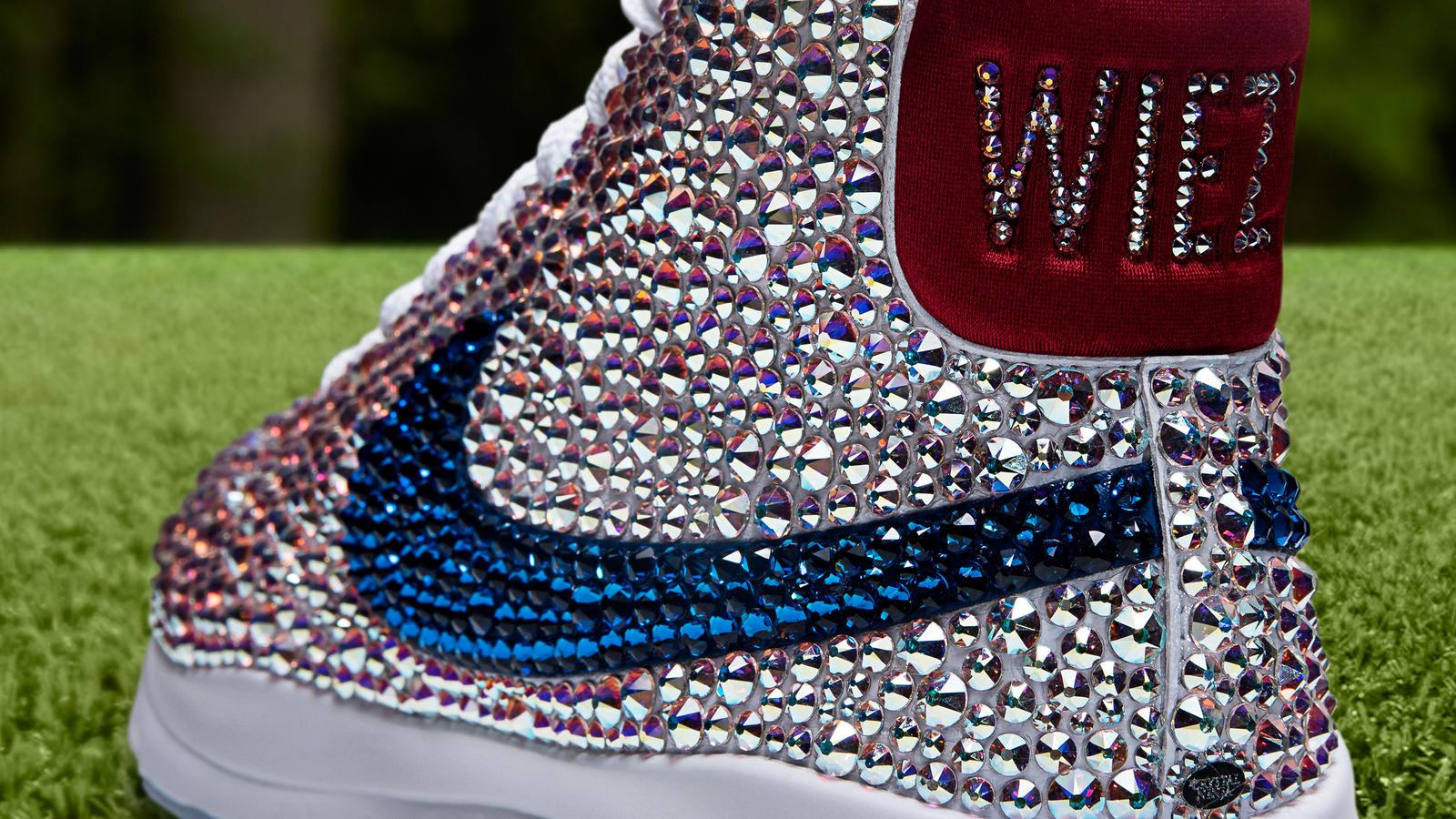Michelle Wie Swarovski Crystal Nike Blazer Golf Shoes Collar