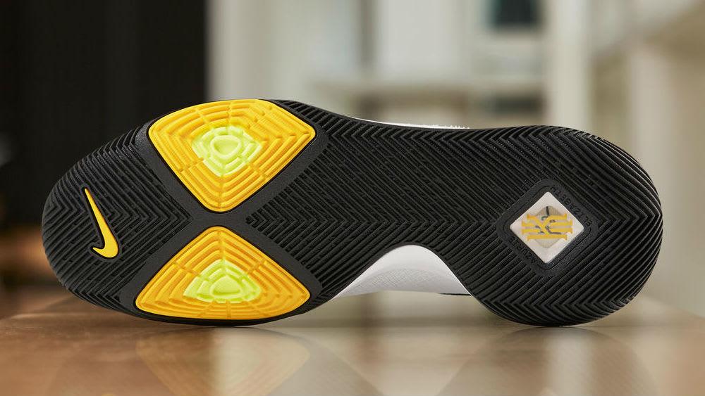 Nike Kyrie 3 N7 Release Date Sole 899355-117