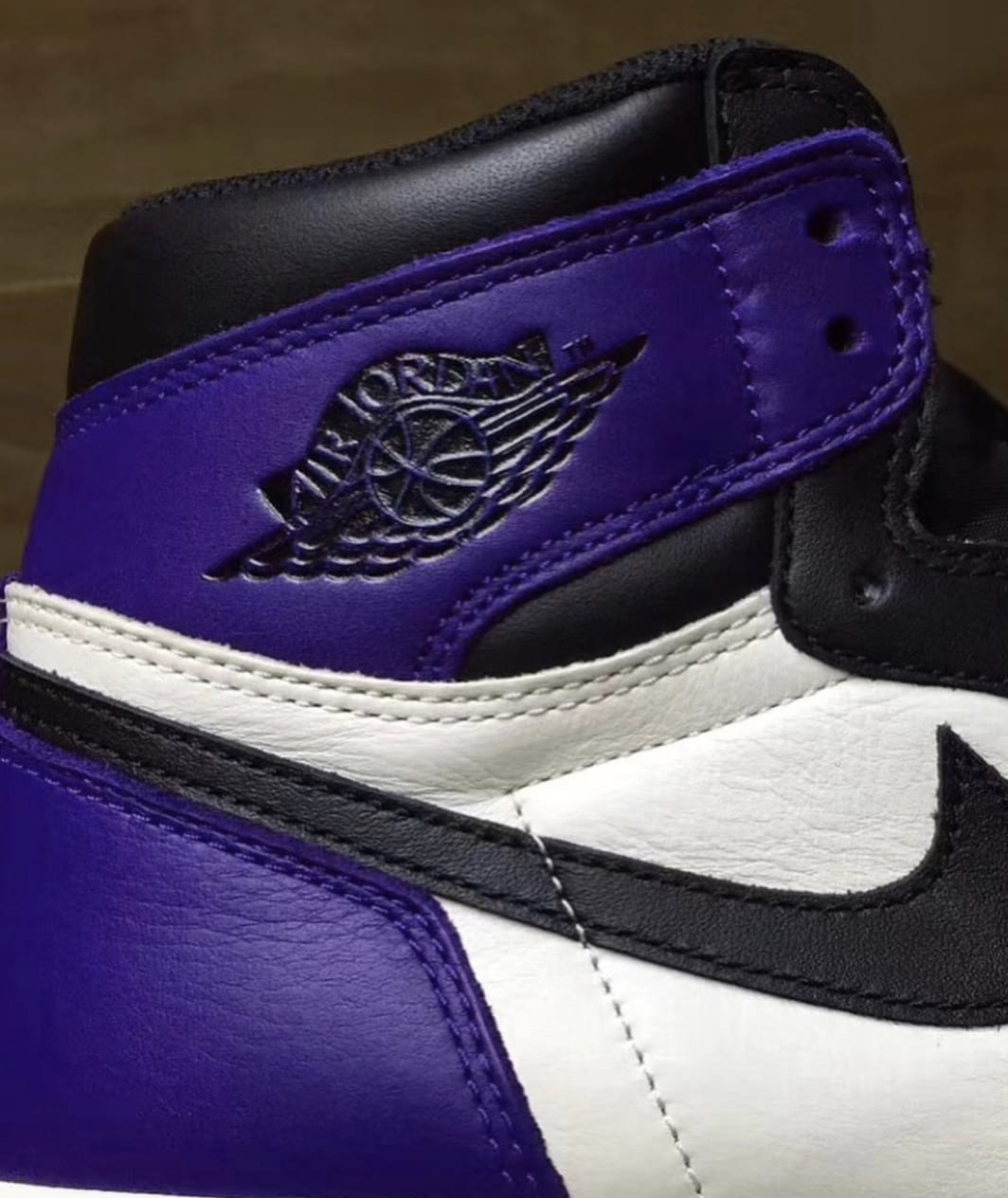 Air Jordan 1 'Court Purple' 4