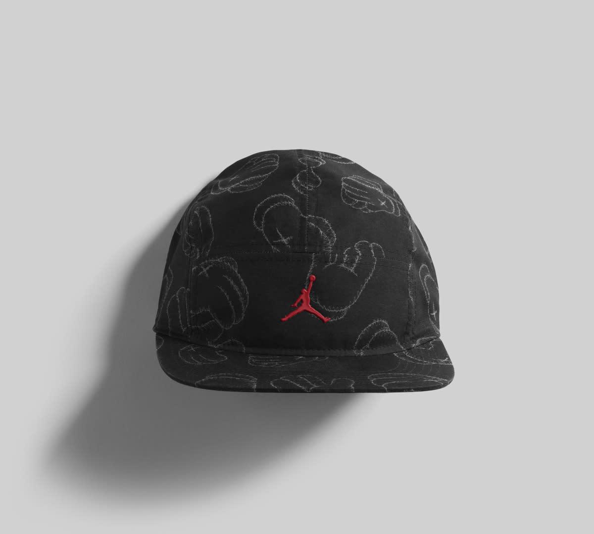Jordan Brand x Kaws