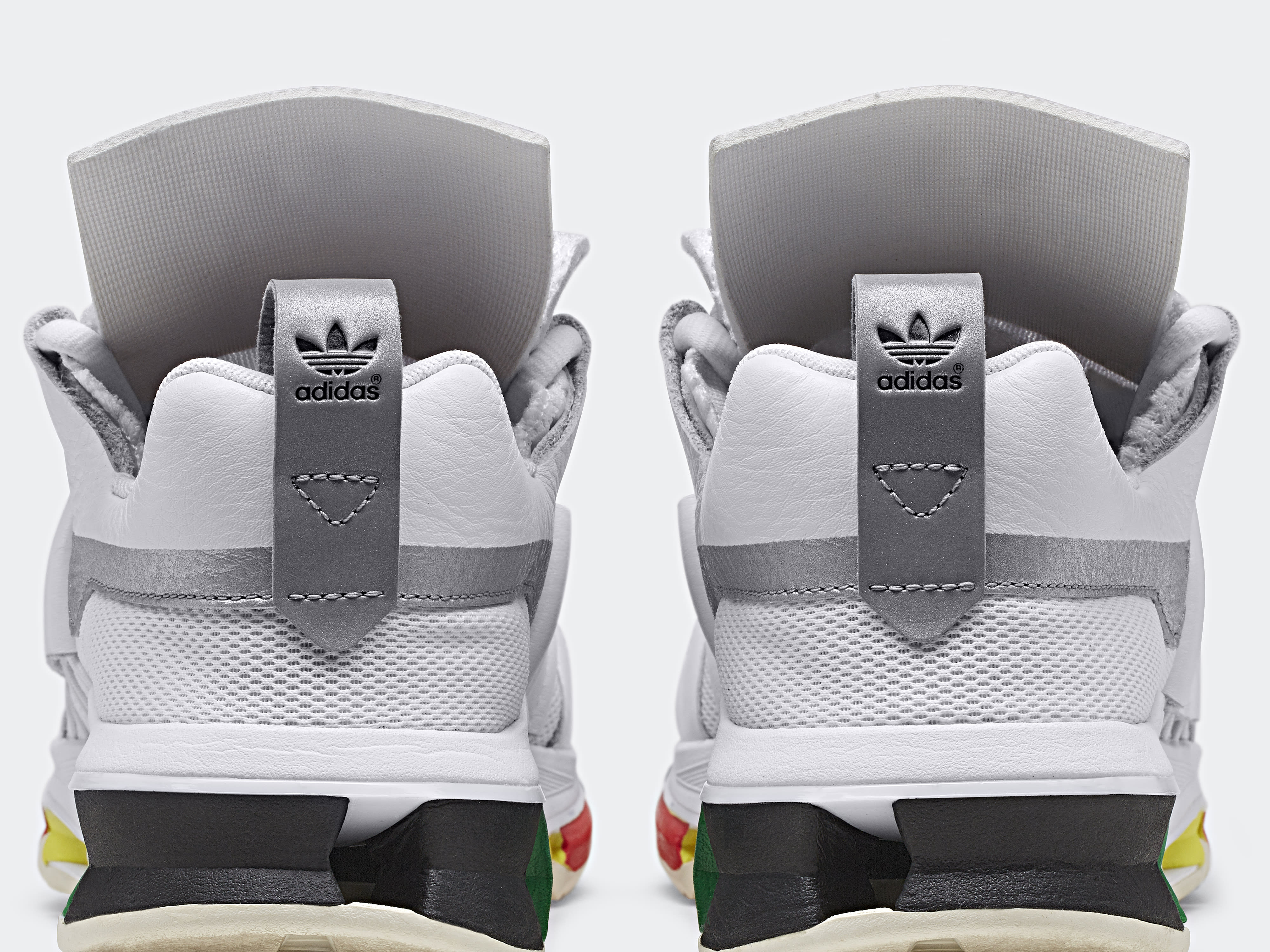 Oyster Holdings x Adidas Twinstrike ADV BD7262 (Heel)