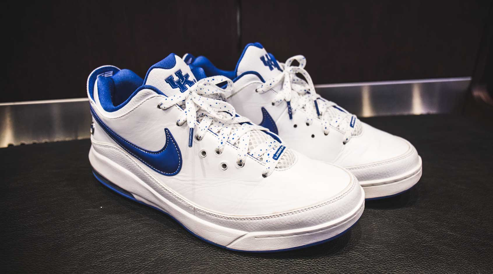 buy popular 2dca3 3fe42 ... get nike lebron 7 low kentucky wildcats pe 7ba0b c9932