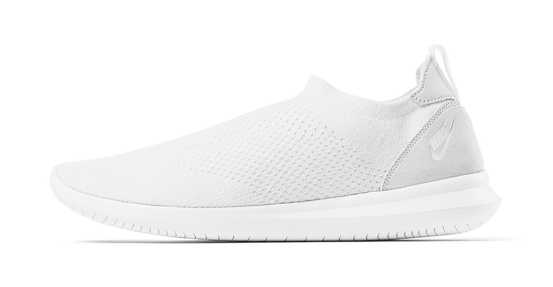 Nike Gakou Flyknit White