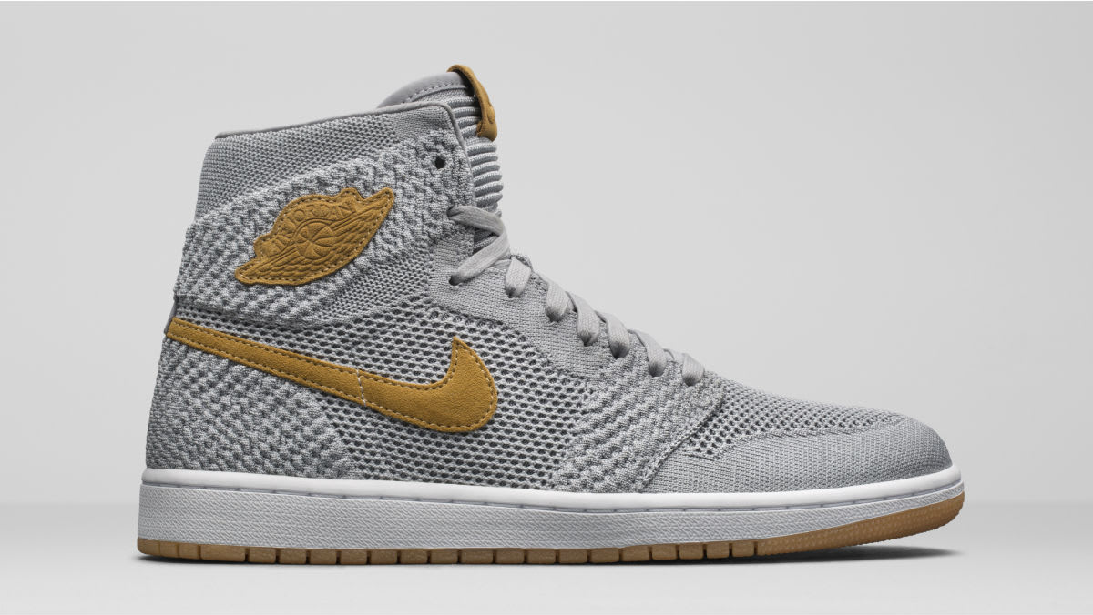 Air Jordan 1 Flyknit Wolf Grey Release Date Right Lateral 919704-025