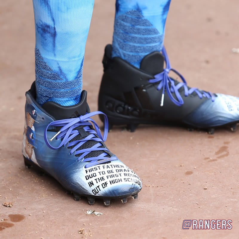 Delino DeShields Father's Day Cleats Toe