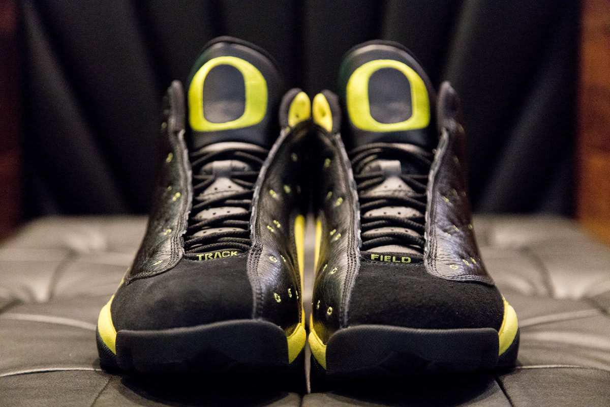 Air Jordan 13 'Oregon' Track and Field (Front)