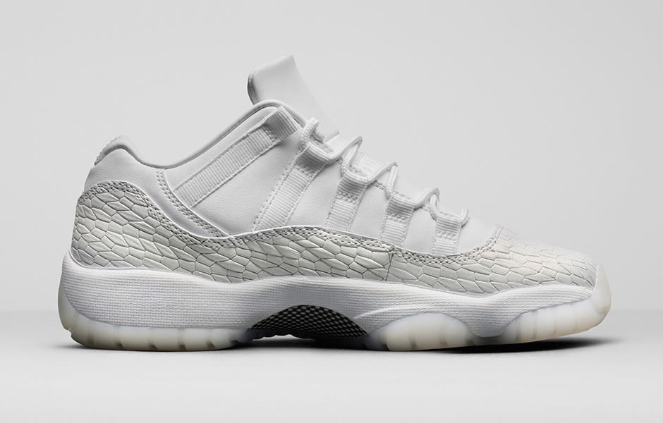 Heiress Air Jordan 11 Low White 897331-100 Medial