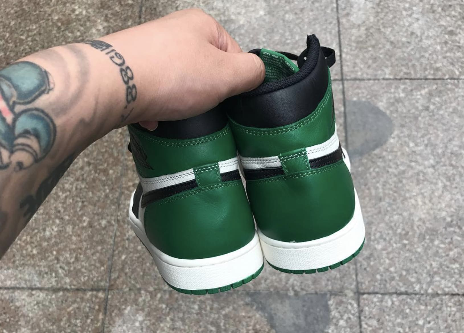 Air Jordan 1 'Pine Green' 555088-032 (Heel)