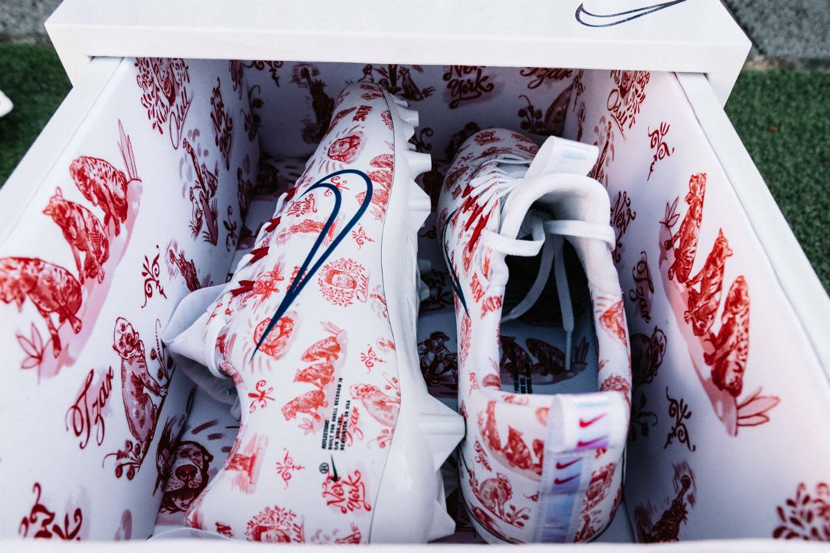 Odell Beckham Nike Vapor Untouchable Reflections Custom Cleats (1)