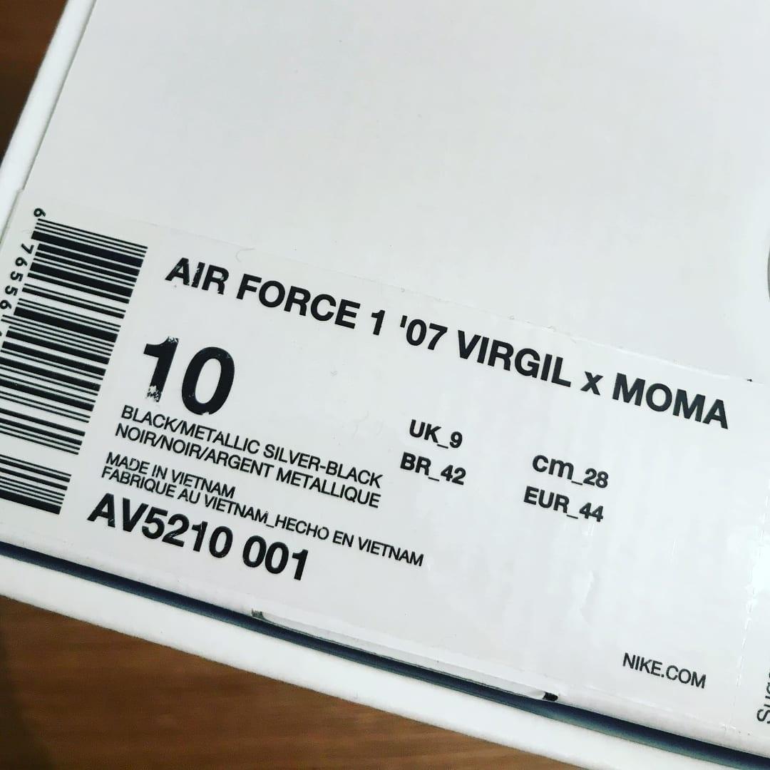 Virgil Abloh Off-white x Nike Air Force 1 Low MoMa AV5210-001 Box