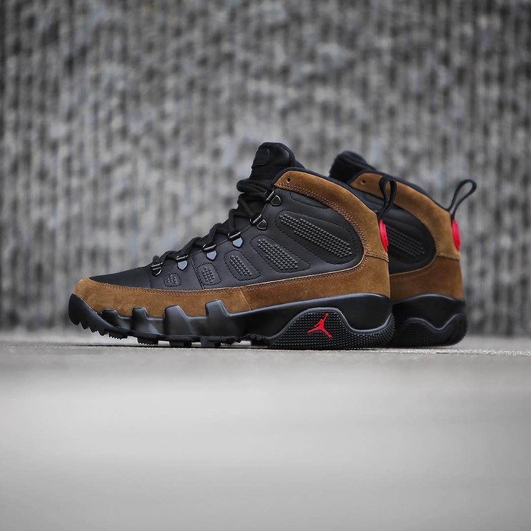 8e970e65bbfc69 Jordan Retro Og Factory Shoe