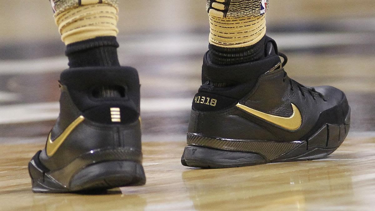 DeMar DeRozan Nike Zoom Kobe 1 Black/Gold Heel
