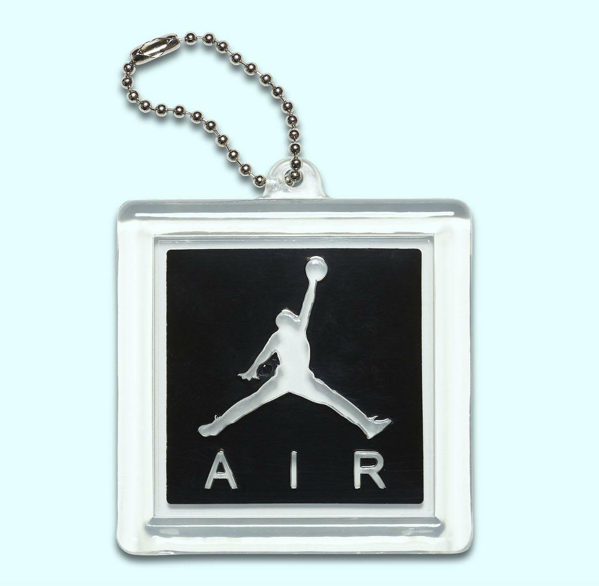 Air Jordan 3 Flyknit Black Release Date AQ1005-001 Hang Tag