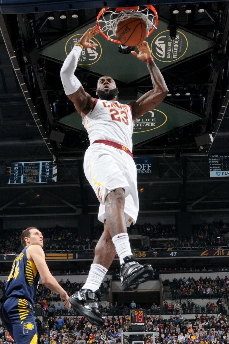 LeBron James Nike LeBron Soldier 3 Black/White