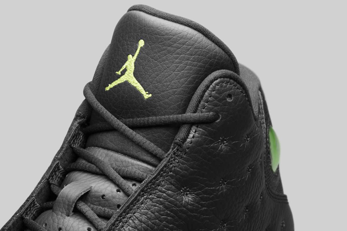 Air Jordan 13 Altitude