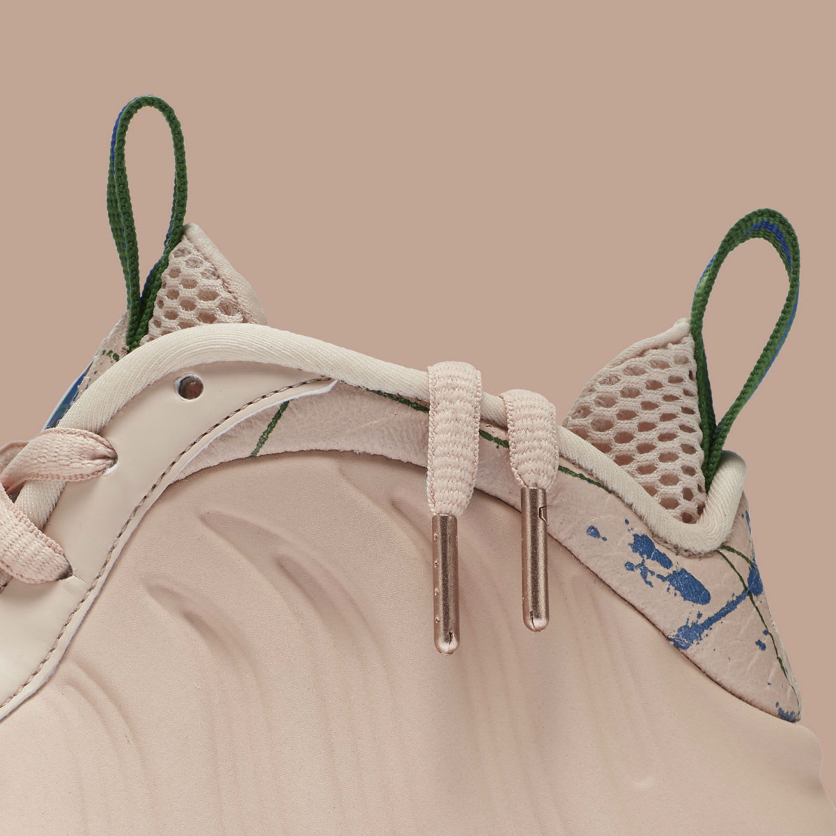 Nike Women's Air Foamposite One Particle Beige Release Date AA3963-200 Collar