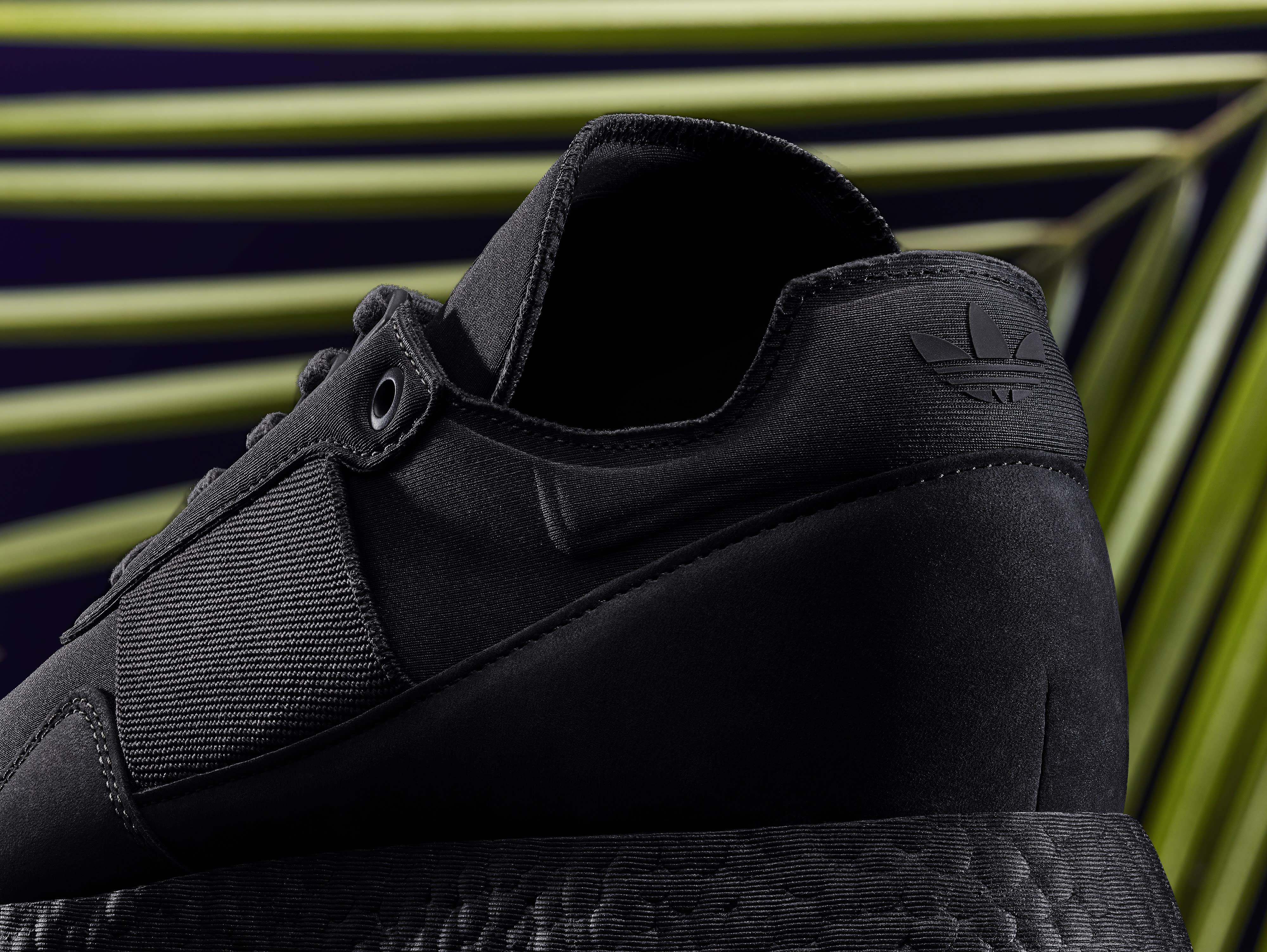 Daniel Arsham x Adidas New York Present DB1971 (Detail 2)