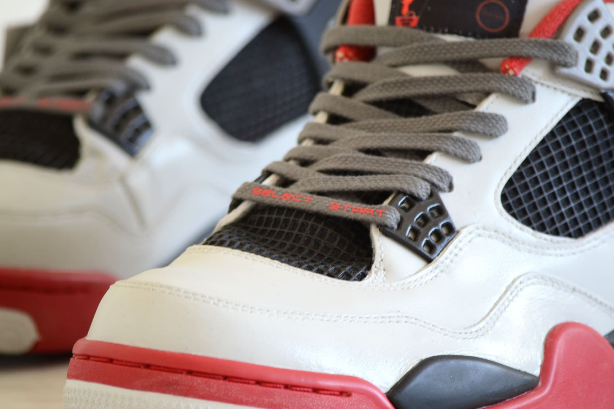 Air Jordan 4 Nintendo Custom (3)