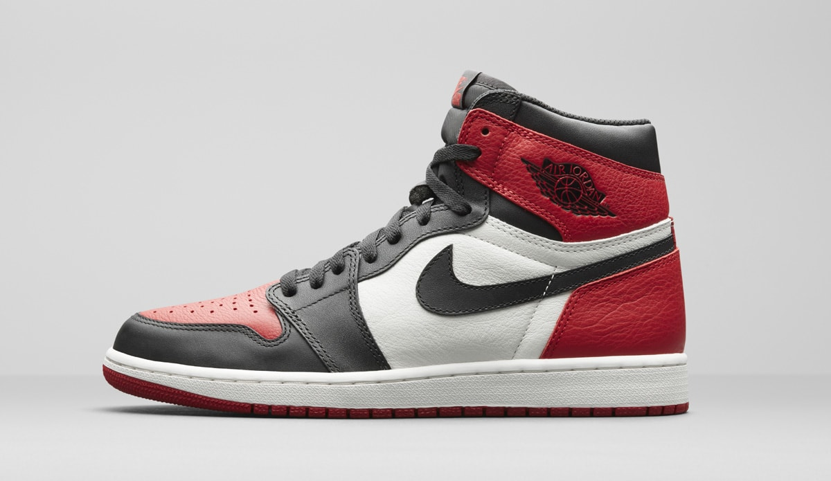 Air Jordan 1 Alternate Black Red 555088-610