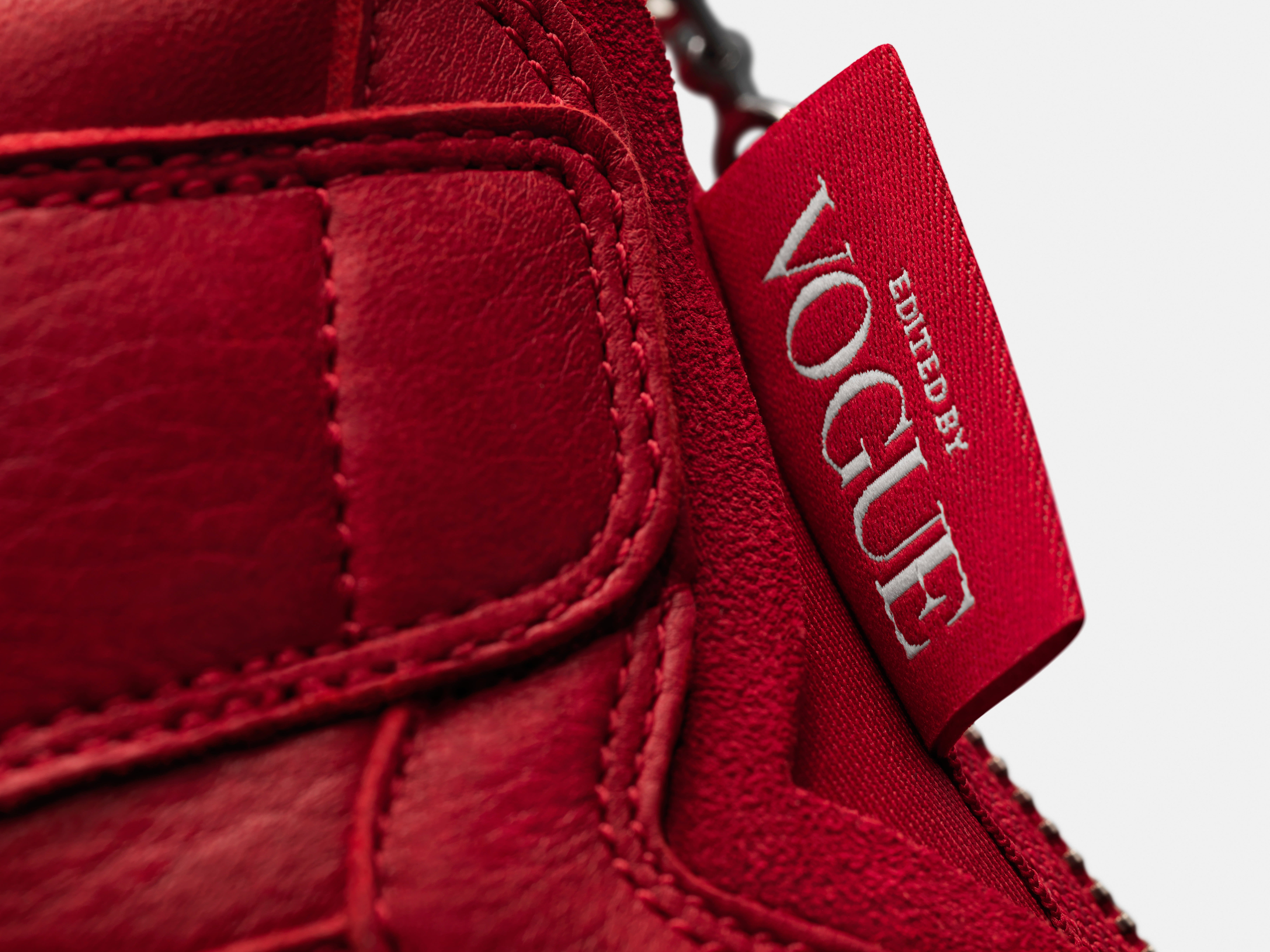 Vogue x Air Jordan 1 Zip AWOK 'University Red' (Detail)