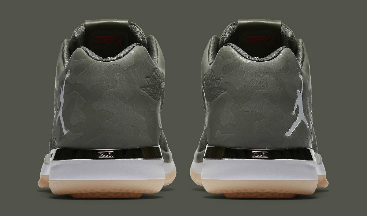 Air Jordan 31 Low Camo Release Date Heel 897564-051
