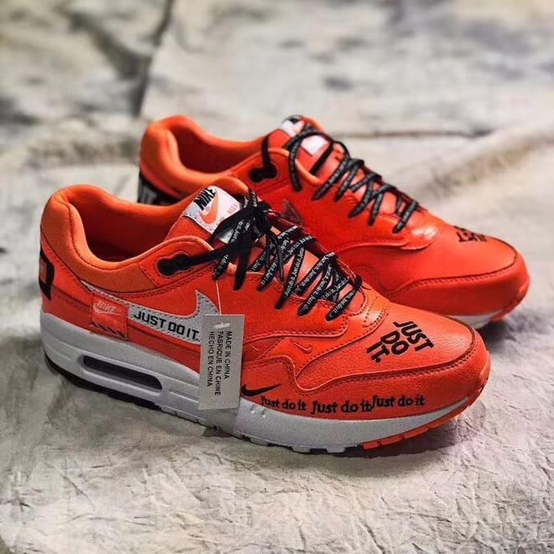 Nike Air Max 1 Just Do It Orange Profile