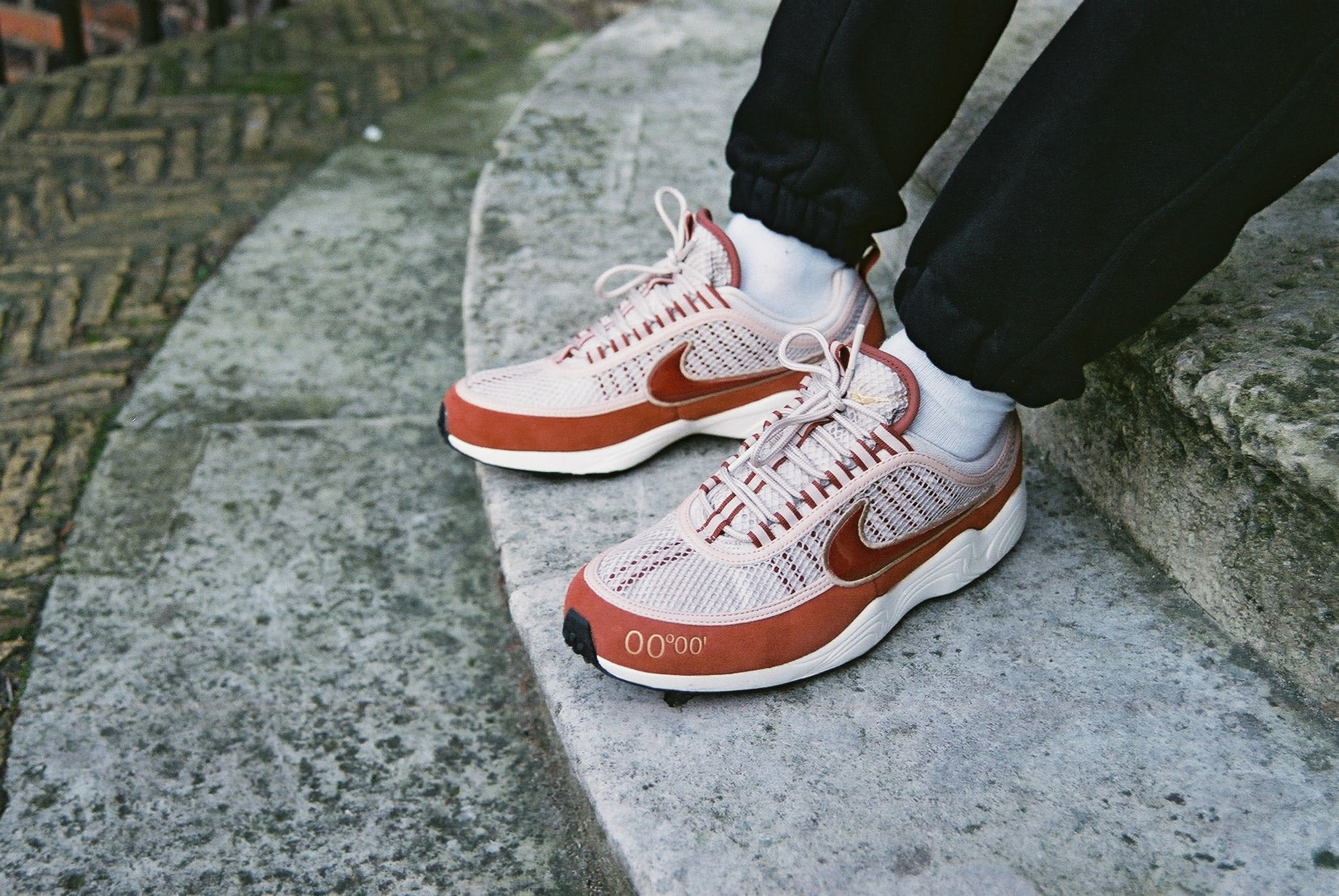 nike-air-zoom-spiridon-gmt-pack