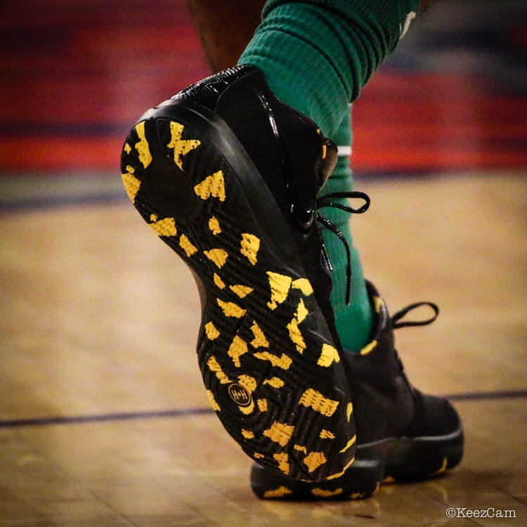 Kyrie Irving Nike Kyrie Budget Core Black Yellow Right Sole