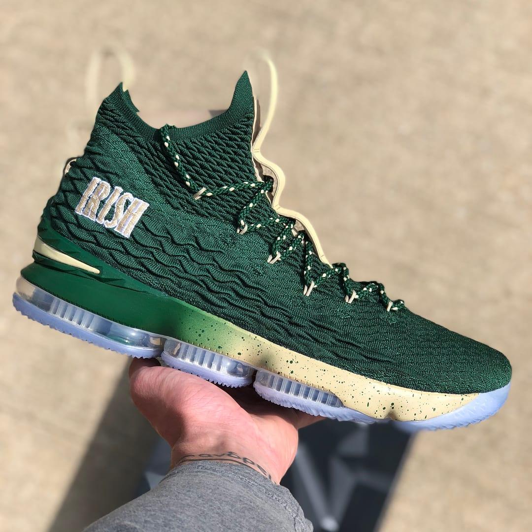 SVSM Nike LeBron 15 PE Green Lateral