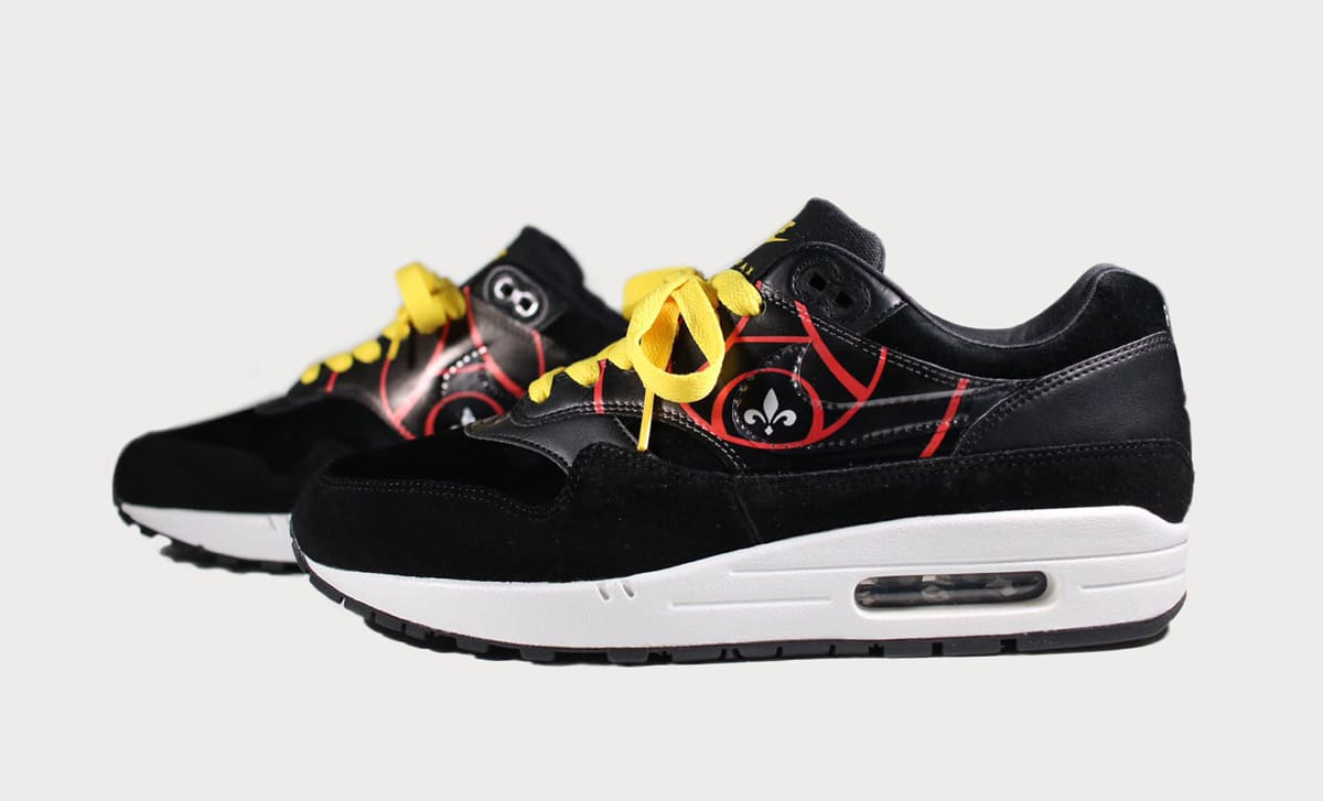 nike air max 1 psg rolling stones sole collector. Black Bedroom Furniture Sets. Home Design Ideas