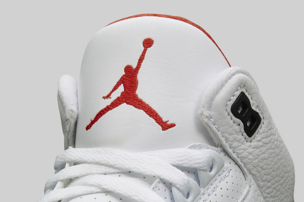 Air Jordan 3 III Clear Sole Release Date 923096-101 Tongue