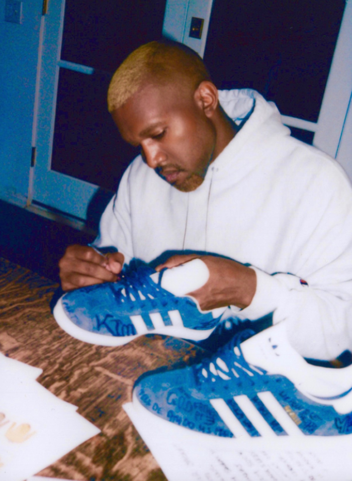 Kanye west, adidas gazzella usanza kim kardashian unico collettore