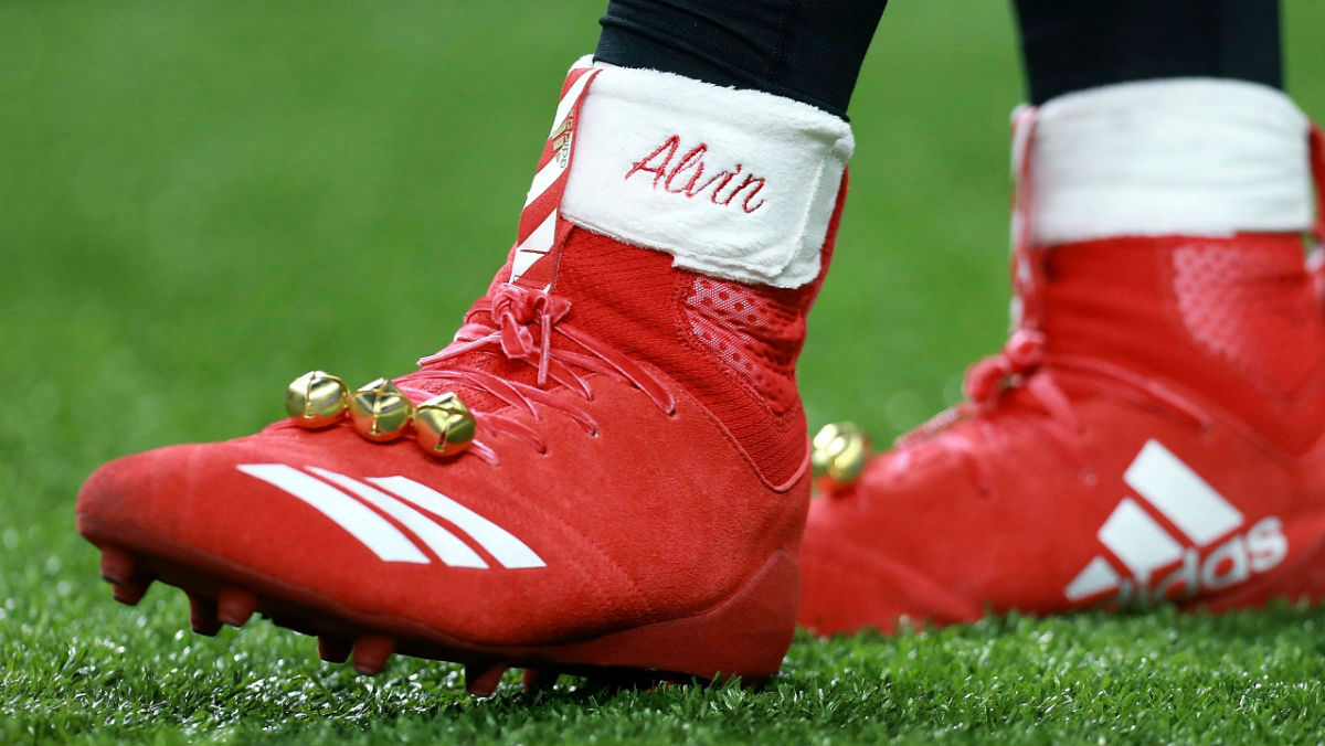 Centro comercial Preescolar Ajuste  Alvin Kamara Fined Christmas Adidas Cleats | Sole Collector