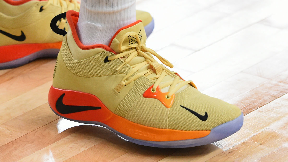 0be8d9c4ebe2 Paul George Practices in Ultra-Bright Nike PG2  All-Star  PE