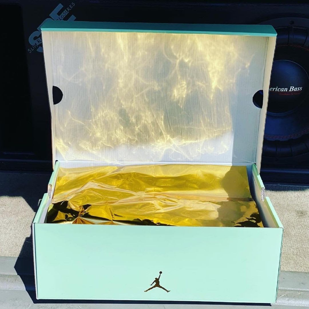 Aleali May x Air Jordan 14 XIV Low SP Release Date Box Open