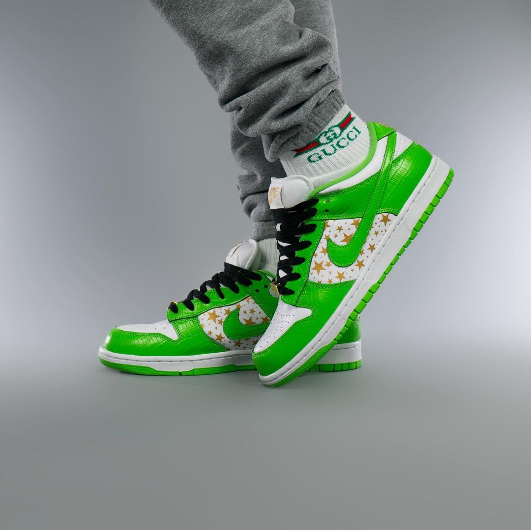 Supreme x Nike SB Dunk Low Green On-Foot Left