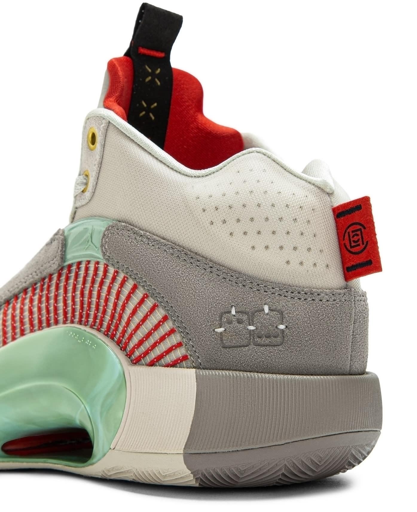 CLOT x Air Jordan 35 XXXV Release Date DD9322-200 Heel Detail