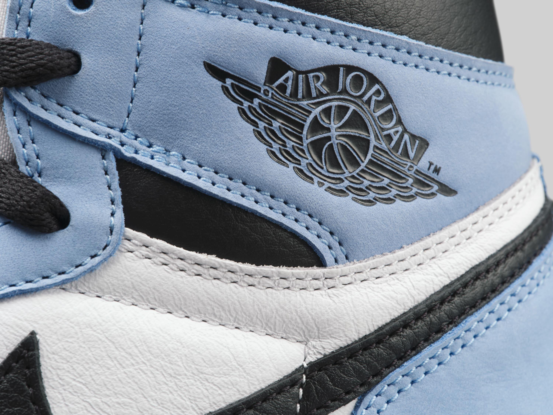 Air Jordan 1 Retro High OG 'UNC' 555088-134 Wings