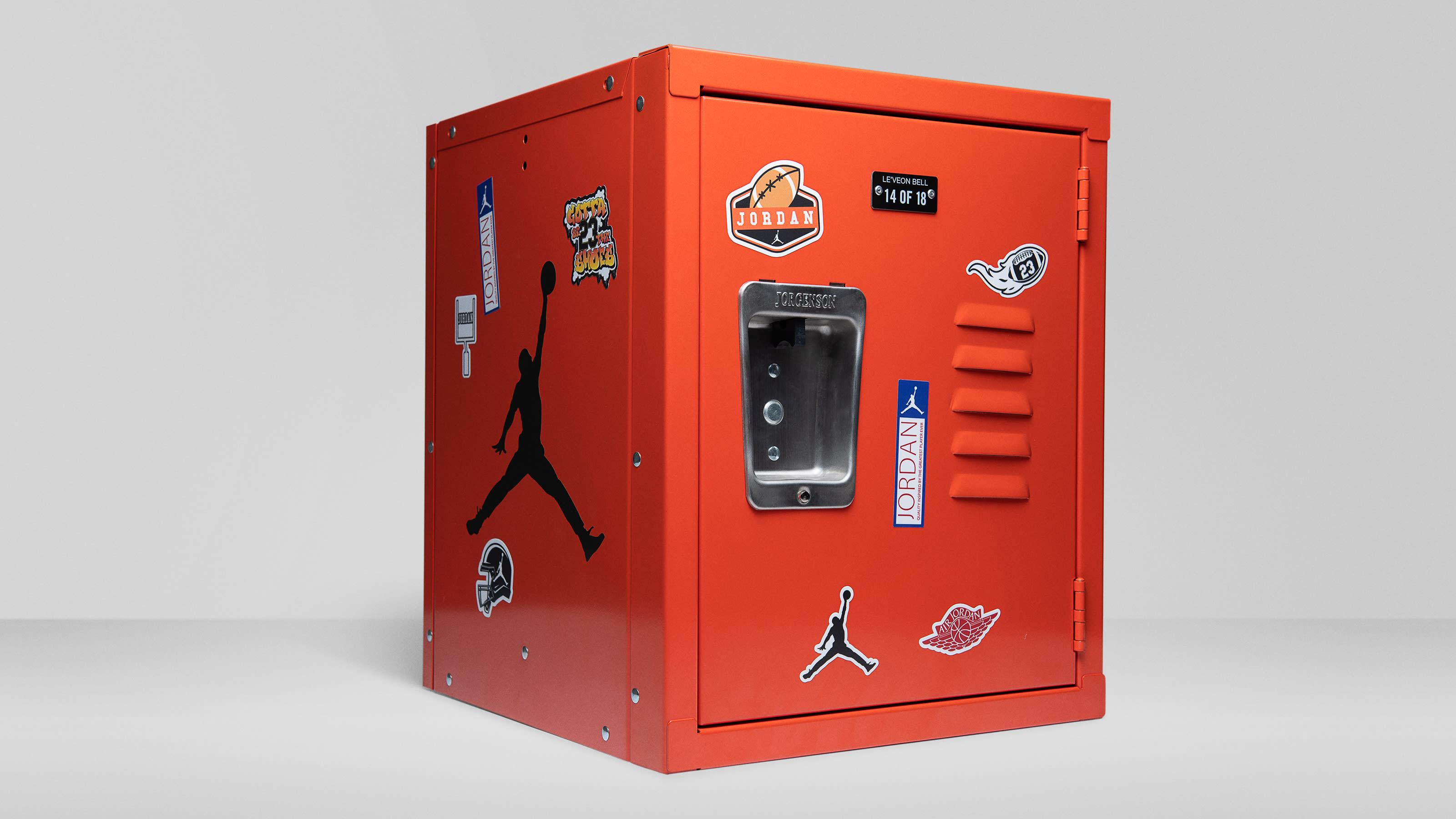 air-jordan-12-retro-football-pe-locker