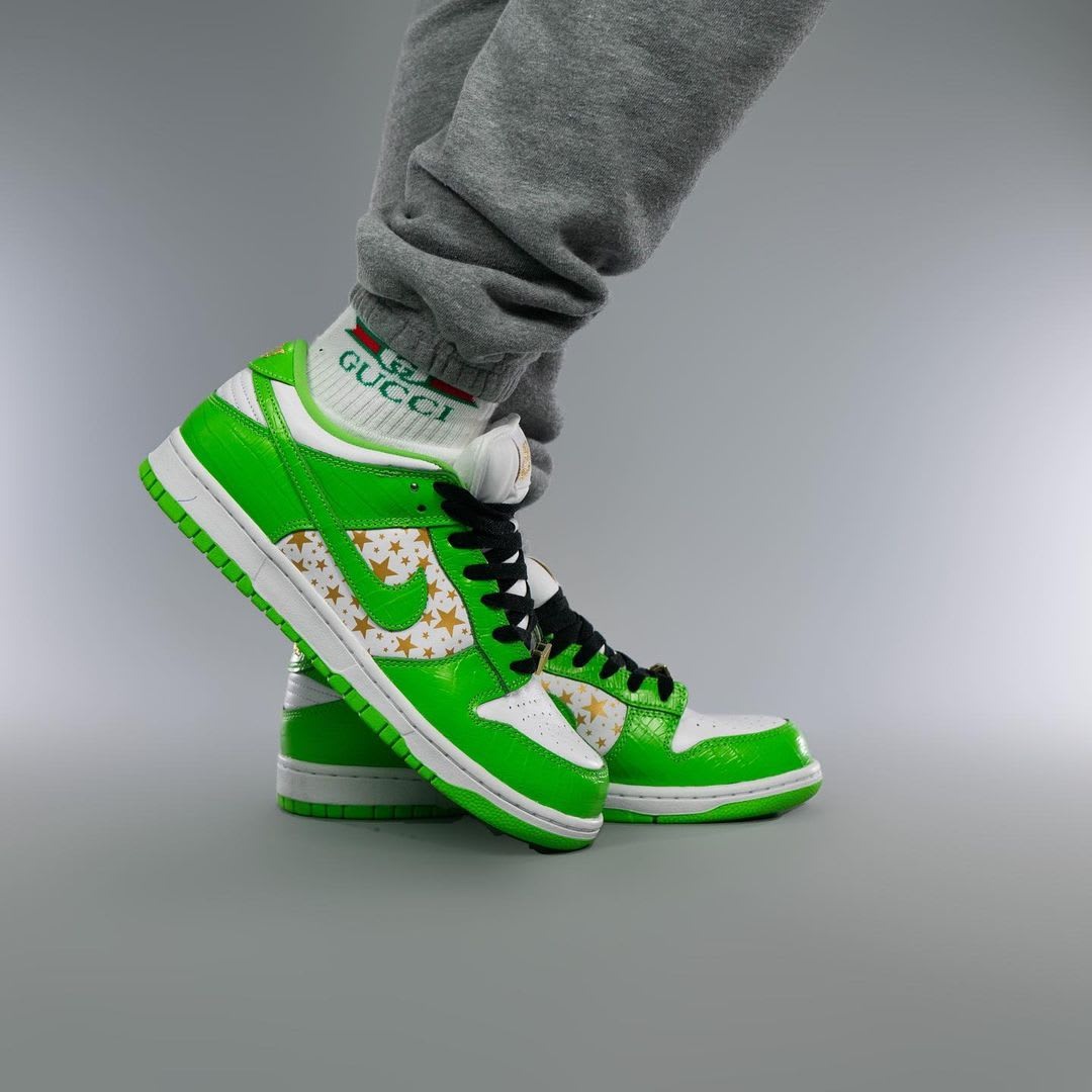 Supreme x Nike SB Dunk Low Green On-Foot Right