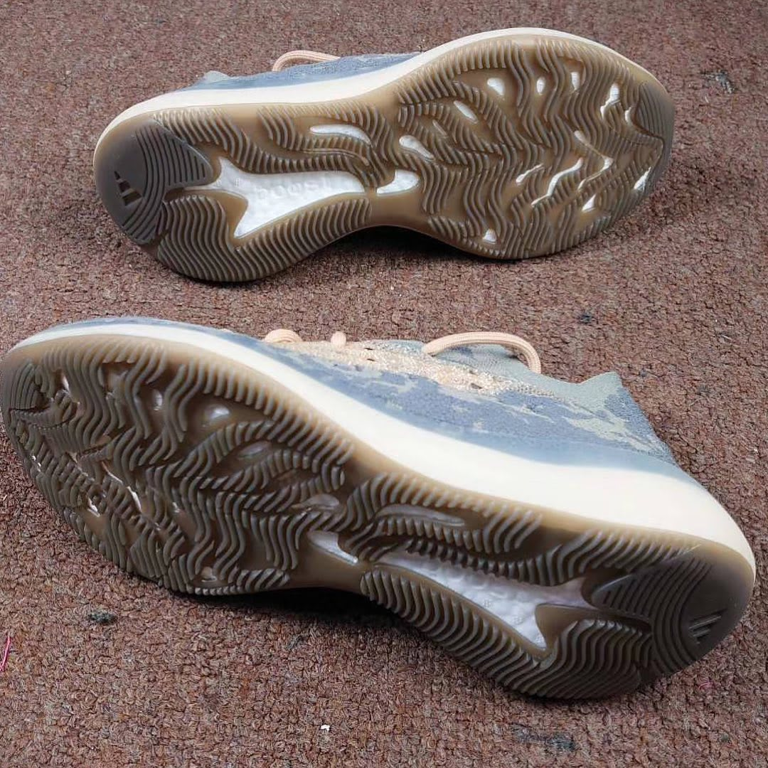 adidas-yeezy-boost-380-mist-outsole