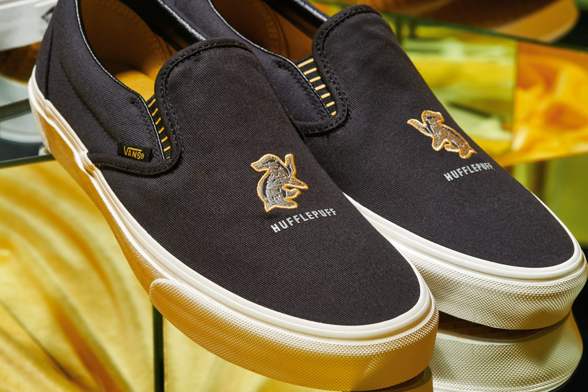 Harry Potter x Vans Slip-On 'Hufflepuff' (Detail)