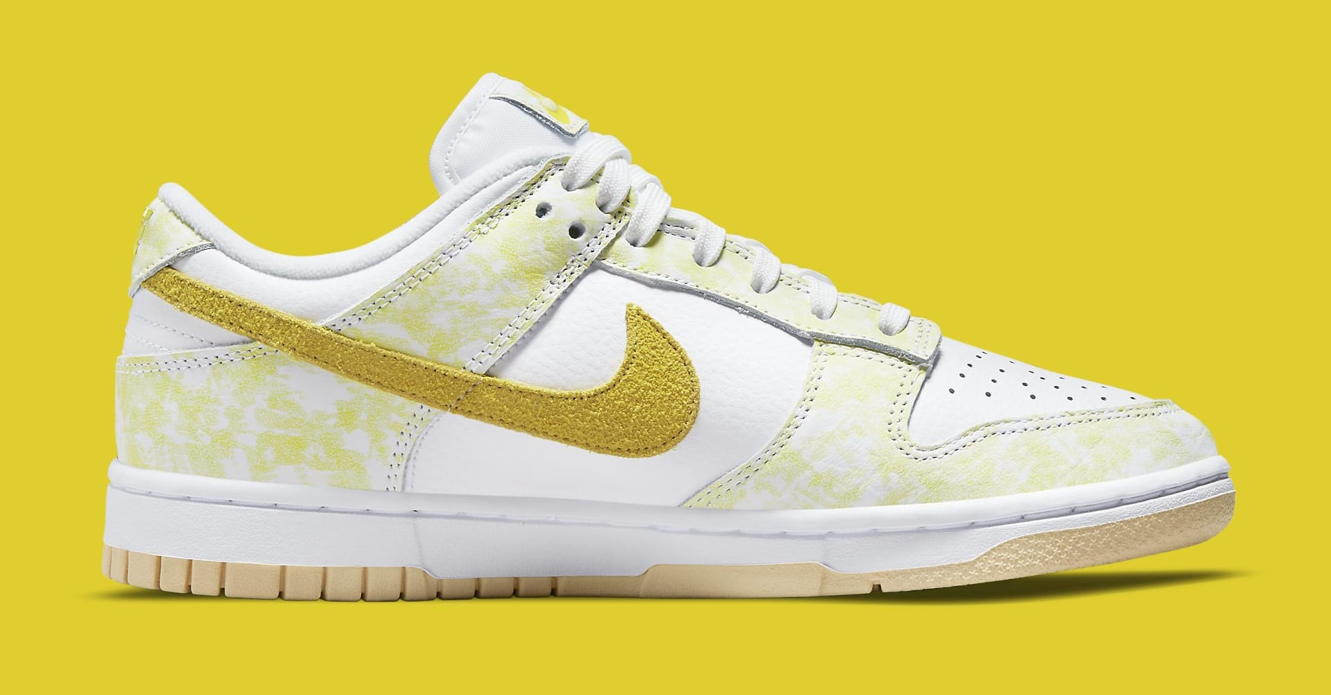 Nike Dunk Low 'Yellow Strike' DM9467-700 Medial